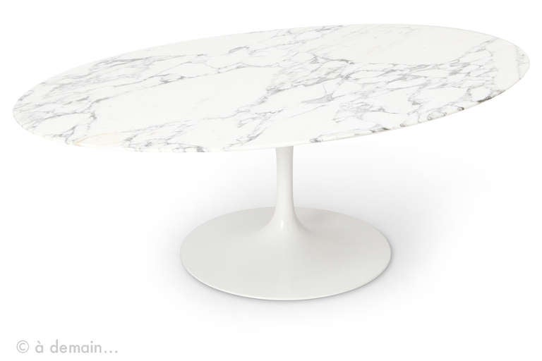 eero saarinen marble coffee table edited by knoll 1950s at 1stdibs. Black Bedroom Furniture Sets. Home Design Ideas