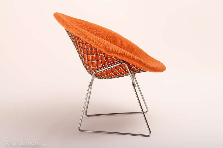pair of orange diamond chairs designed by bertoia edited by knoll in 1952 at 1stdibs. Black Bedroom Furniture Sets. Home Design Ideas