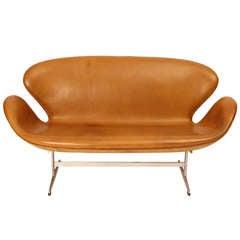 Swan Sofa by Arne Jacobsen fro Fritz Hansen