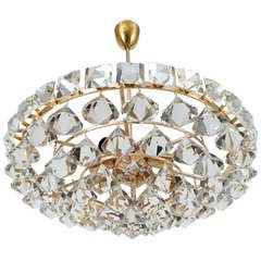 Bakalowits & Sohne Chandelier with Pear-Shaped Crystals Gold Brass Lamp, 1960