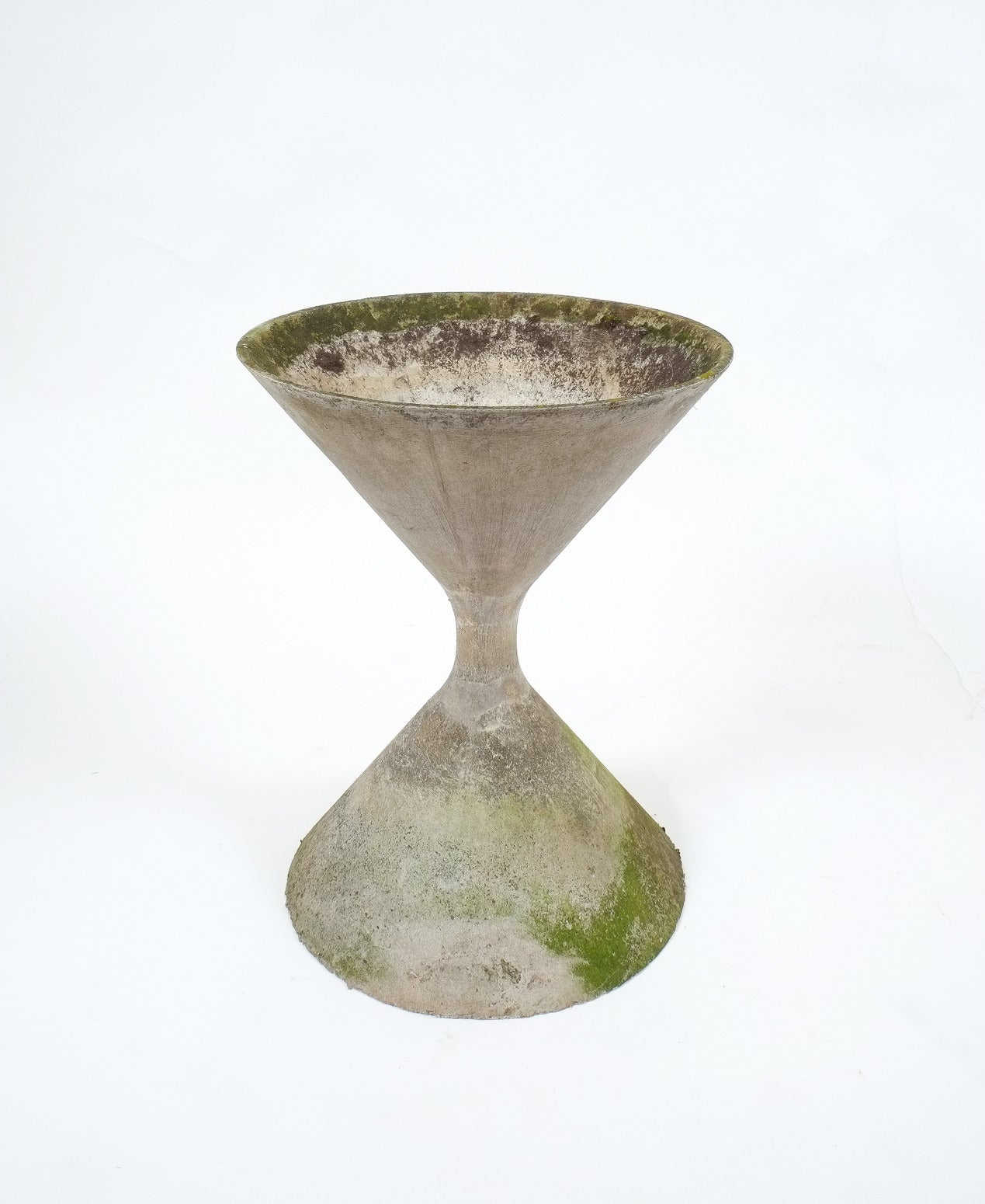 Willy guhl hourglass concrete planter at 1stdibs Concrete planters