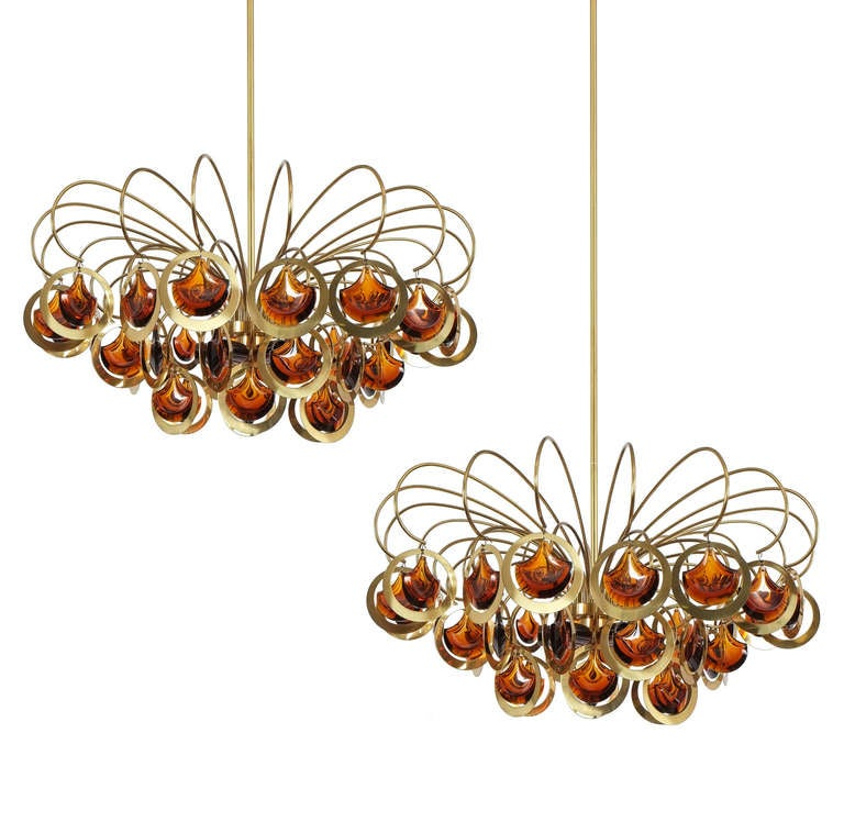 Italian Brass and Glass Chandelier in the Style of Sciolari