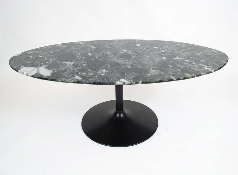 Oval Black Marble Coffee Table In The Style Of Saarinen Image 5
