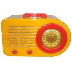1946 Fada Art Deco Bullet Catalin Bakelite Radio, Yellow with Red Trim
