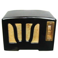 1938 Black and White RCA W Grill Catalin Bakelite Radio
