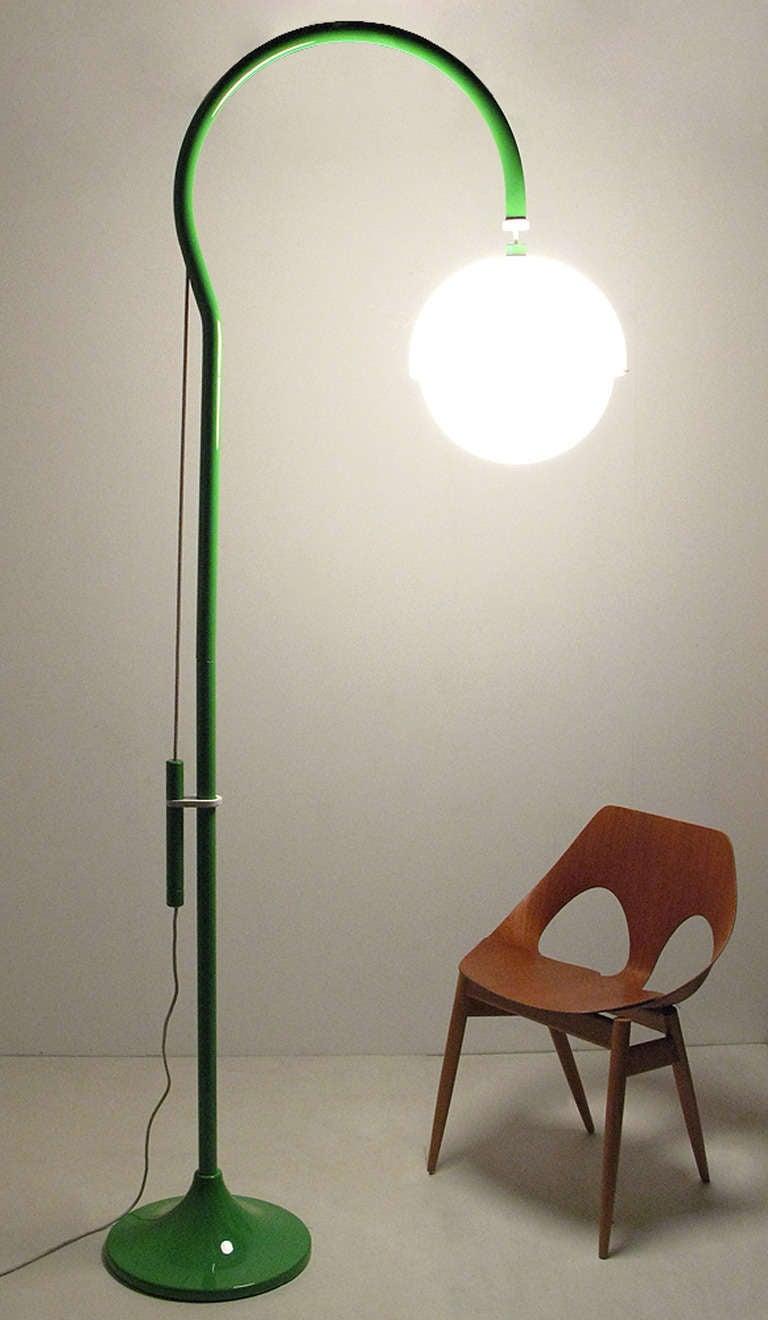 """1970s """"4055"""" Floor Lamp By Luigi Bandini For Kartell 3"""