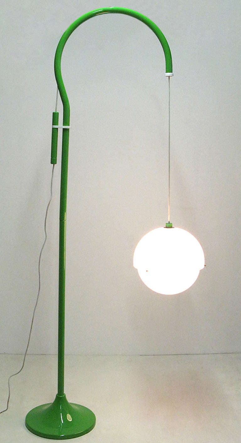 """1970s """"4055"""" Floor Lamp By Luigi Bandini For Kartell 4"""