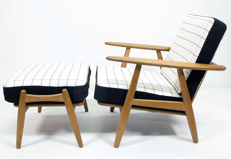 Cigar Chair And Ottoman By Hans Wegner At 1stdibs