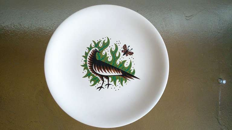 Signed Jean Picart le Doux serigraphy plate in china with dove decor   Salins ateliers. Item currently located in France