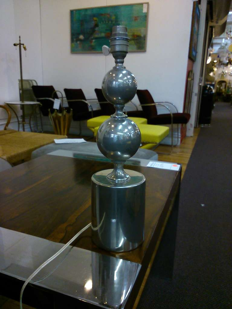 Rare double spheres table lamp in brushed steel - Italian style switch excellent condition European socket and wiring