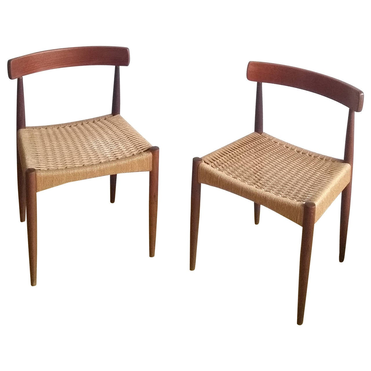 Beau Pair Of Signed Danish MK Chairs, Denmark, 1960s For Sale