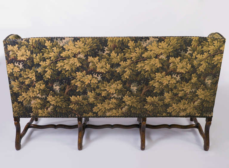 Louis XIII French Sofa with Mouton Legs and Winged Sides In Good Condition For Sale In Nashville, TN