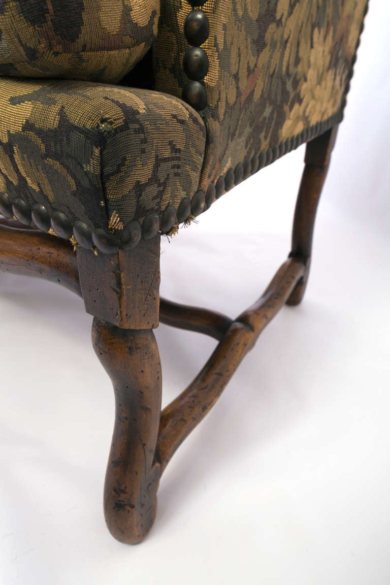 19th Century Louis XIII French Sofa with Mouton Legs and Wing Sides and Loose Seat Cushion For Sale