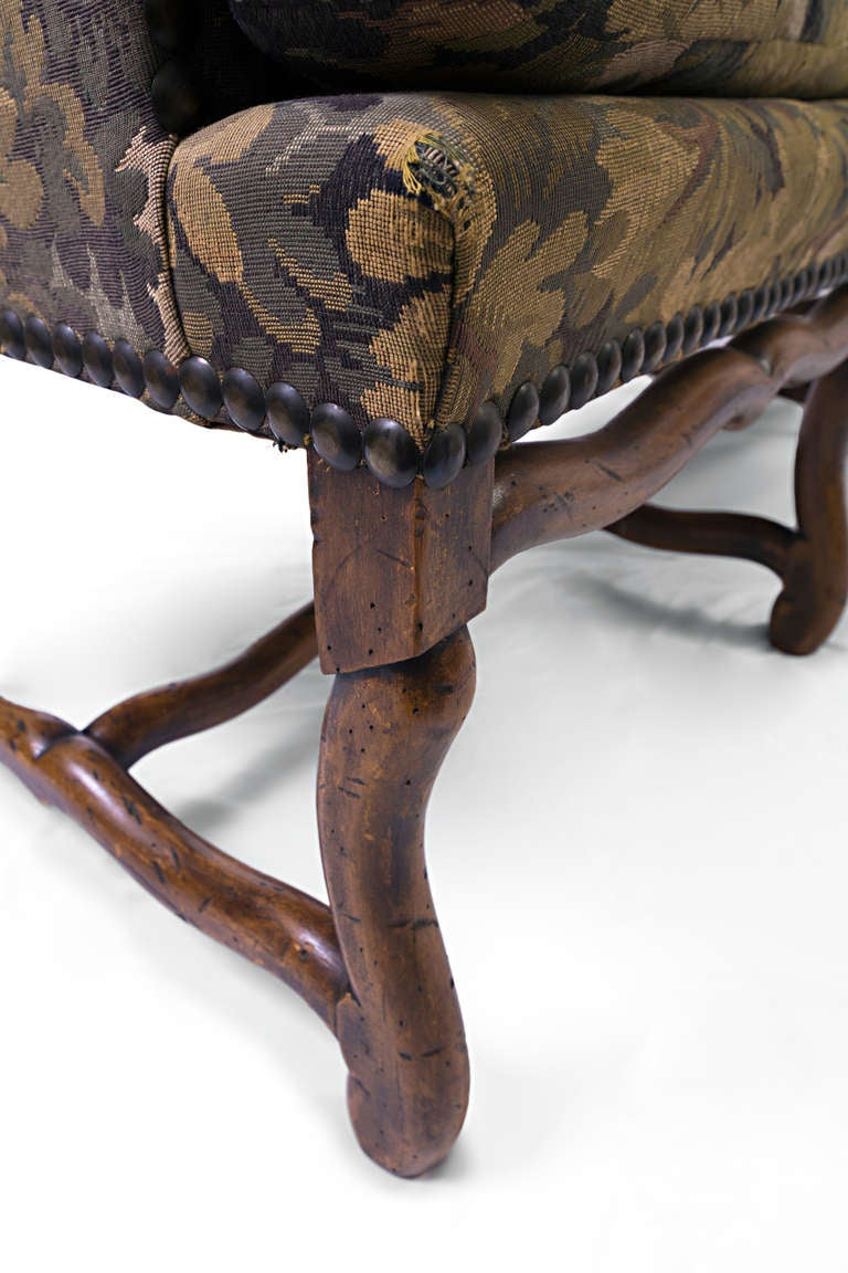 Louis XIII French Sofa with Mouton Legs and Winged Sides For Sale 2