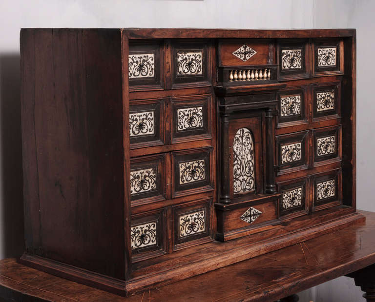 19th Century Italian Cabinet with Ivory Inlaid For Sale 1