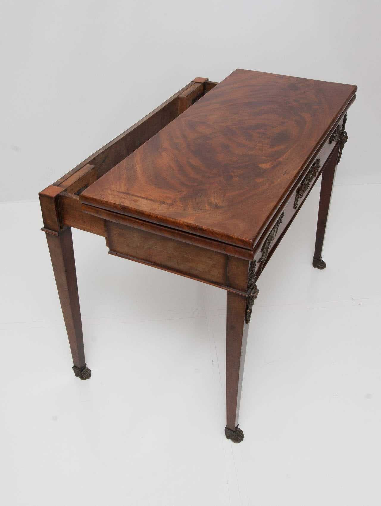 English antique mahogany game table at 1stdibs for 13 in 1 game table
