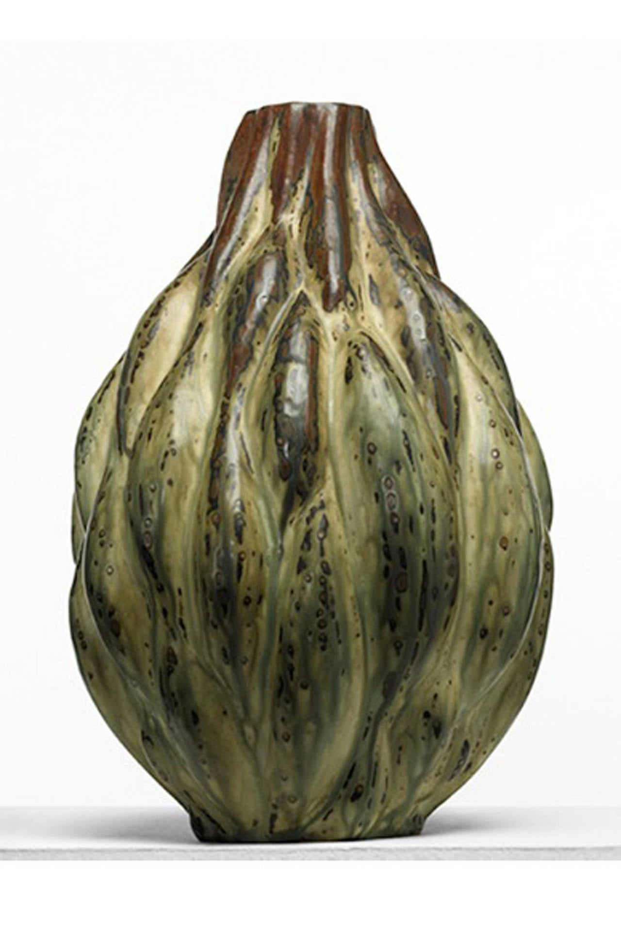 Stoneware, large artichoke from with a sung glaze in brown and cream with bluish overtones. Signed Salto (1889-1961) on the underside with Royal Copenhagen blue wave marks.