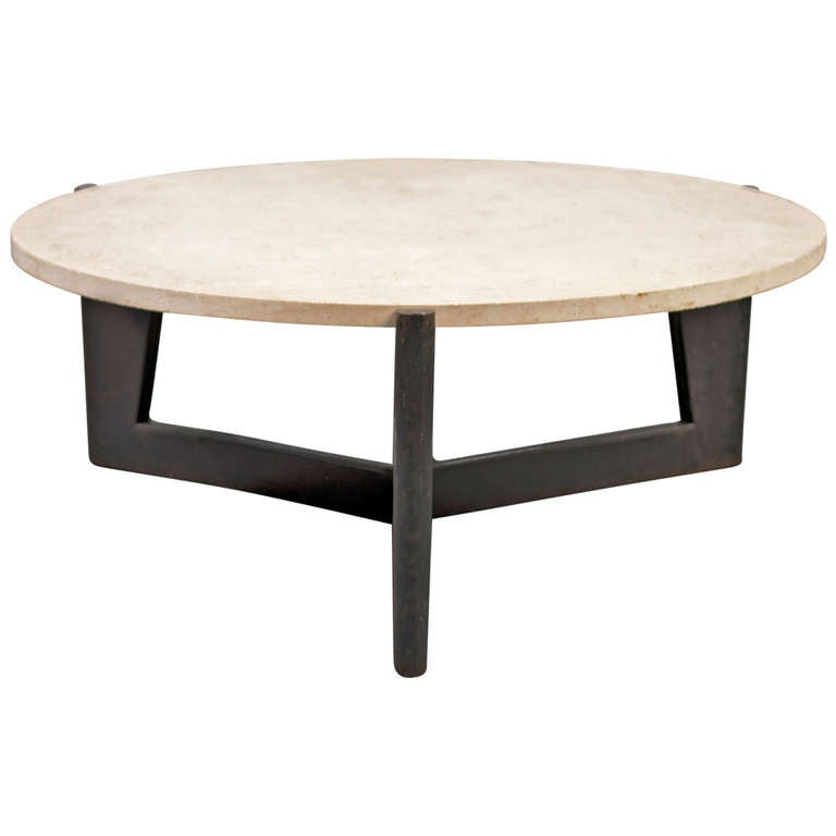 Coffee table by jean prouve at 1stdibs for Table quiz hannover