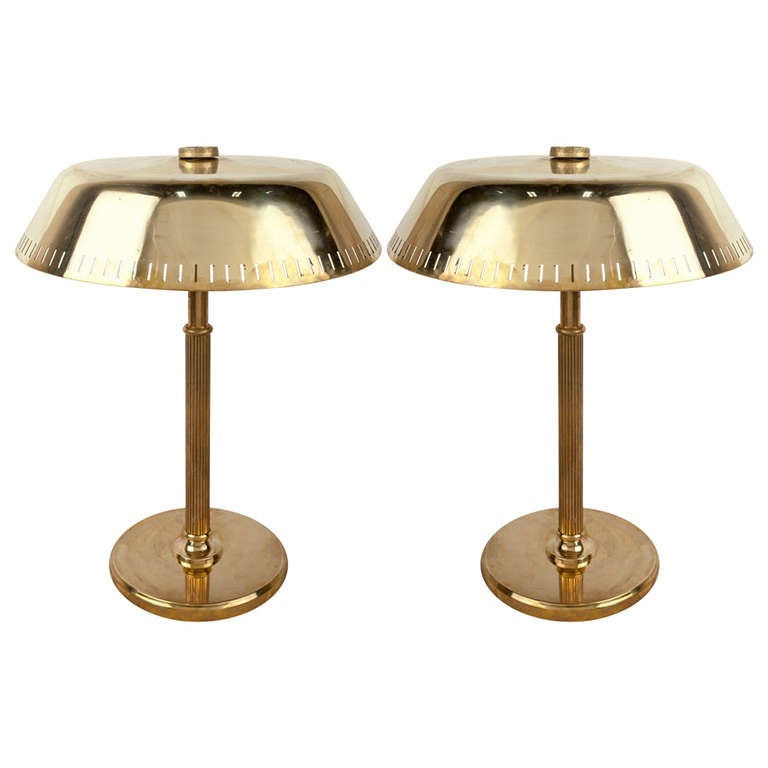 pair of nautical ship 39 s brass table lamps from a stateroom at 1stdibs. Black Bedroom Furniture Sets. Home Design Ideas