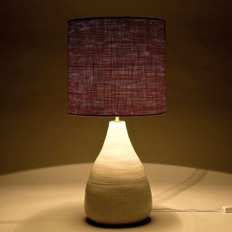 crackle white ceramic table lamp 50s c. Black Bedroom Furniture Sets. Home Design Ideas