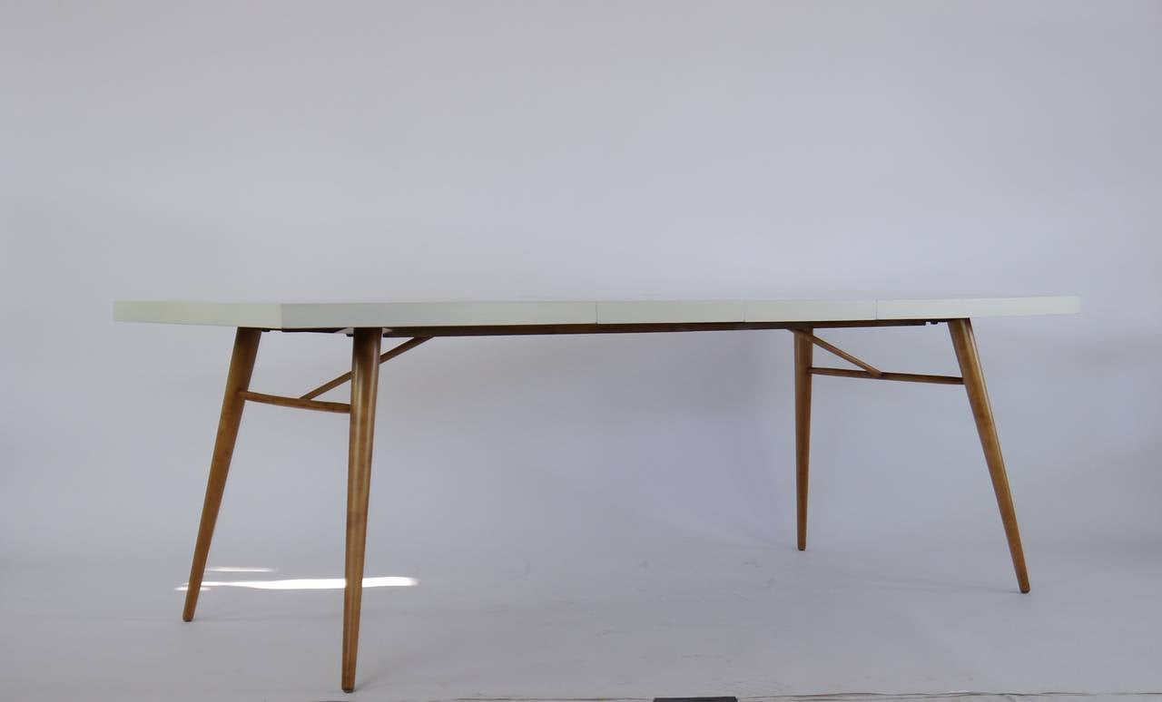 dining table in white lacquer by paul mccobb at 1stdibs