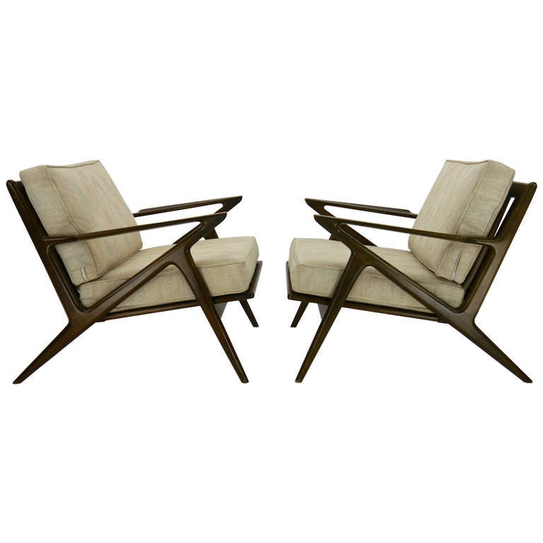 Pair of poul jensen z lounge chairs at 1stdibs for Poul jensen z chair