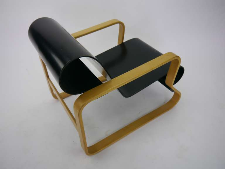 Vintage paimio lounge chair by alvar aalto for artek at for Alvar aalto chaise lounge