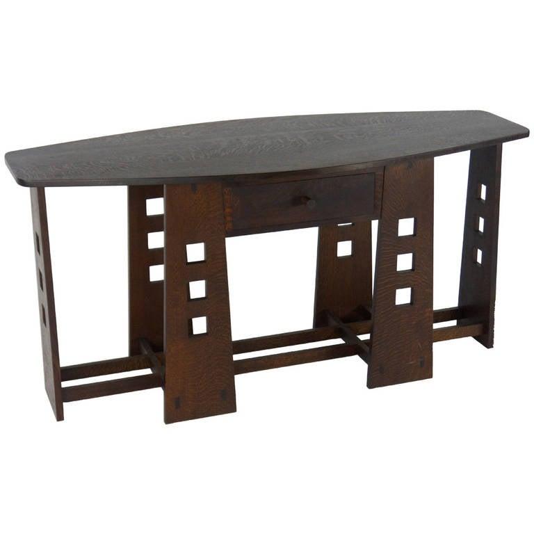 Id F_1325236 on Quarter Sawn Furniture