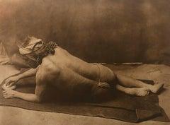 Edward Curtis, Grinding Medicine - Zuni, Plate 606, Photogravure