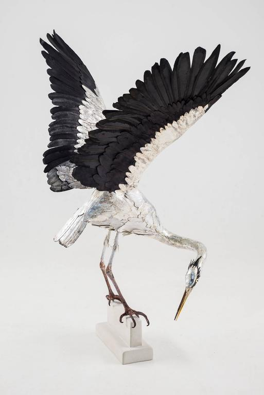 Georgina Brett-Chinnery - Self Reliance 1 - a life size heron sculpture made of hand-tooled leather 1