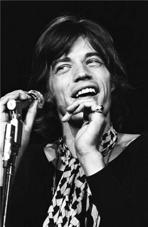 Henry Diltz Portrait Photograph - Mick Jagger, Hollywood, CA 1969