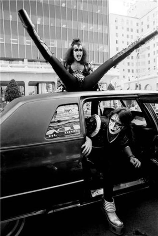 Gene Simmons & Ace Frehley, Hollywood, CA 1976