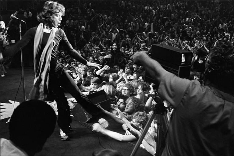 Ethan Russell Black and White Photograph - Mick Jagger, Oakland, CA 1969