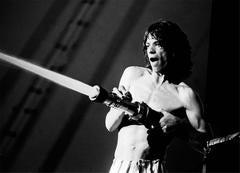 Mick Jagger sprays audience