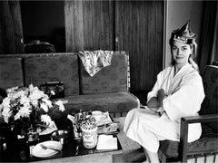 Candice Bergen, Grand Hotel, Taipei, Taiwan, 1966