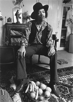 Jimi Hendrix, Brook St. Flat, London, 1969