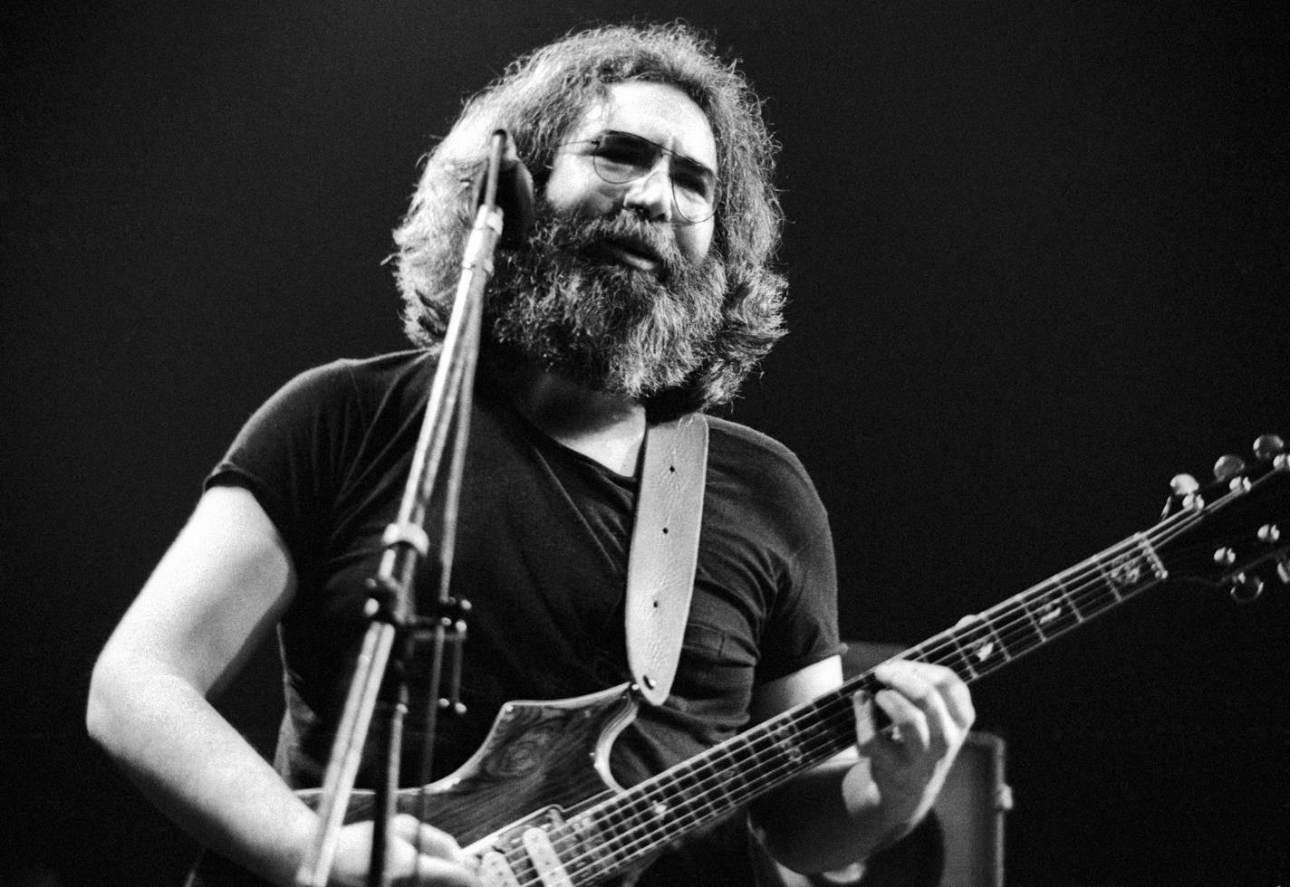 Jerry Garcia, Grateful Dead, Oakland Auditorium Arena, CA, 1979