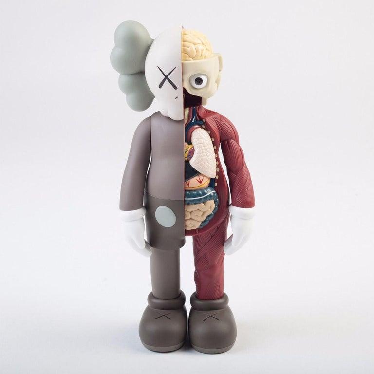 KAWS: Companion Flayed (Brown) - Vinyl Sculpture. Urban, Street art, Pop Art.