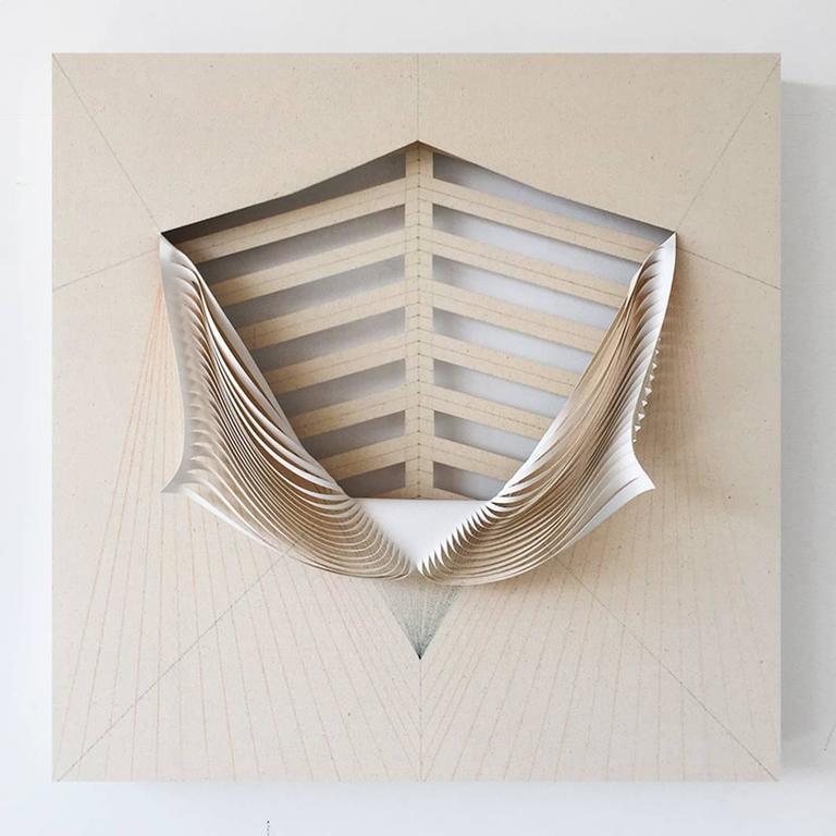 Cristina Camacho Abstract Painting - Skeleton - La decadencia del verde