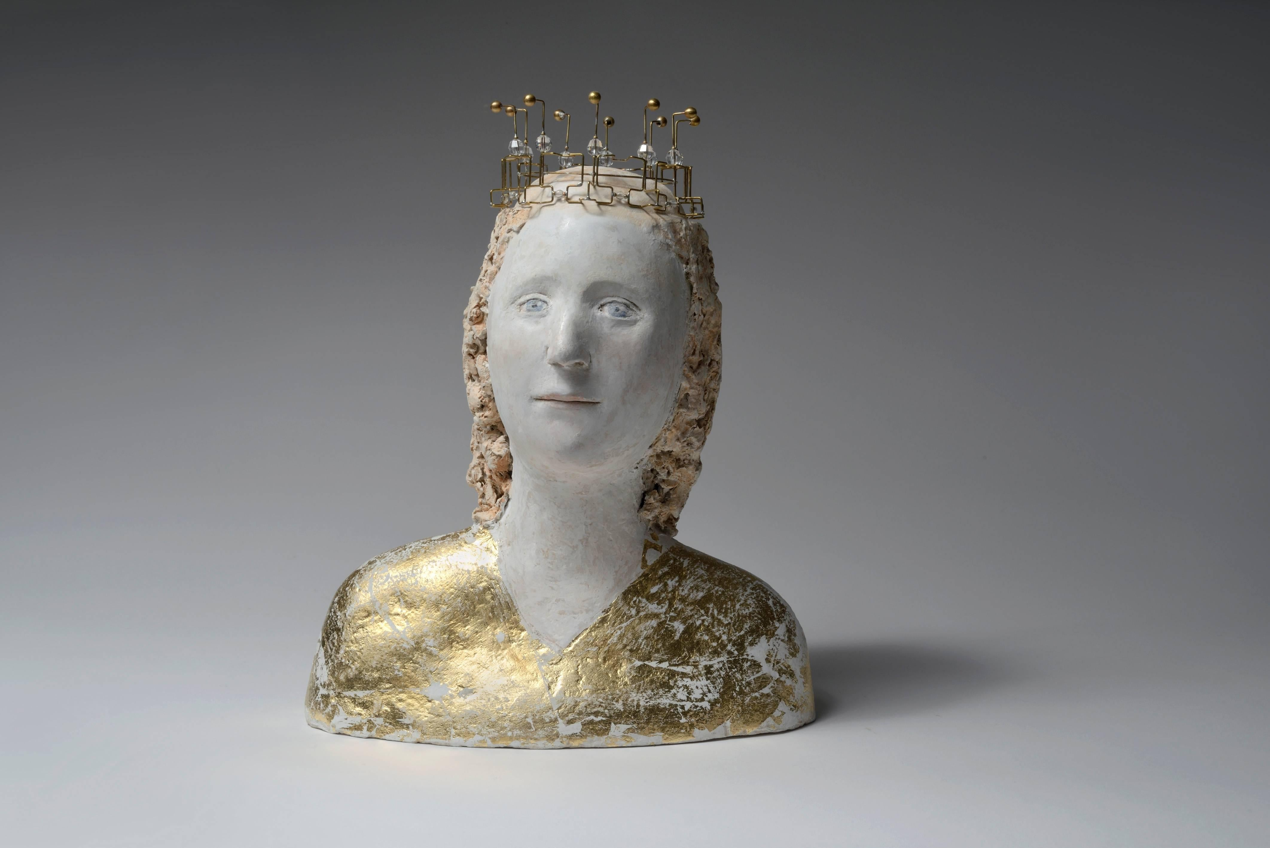 Petite reine ave couronne