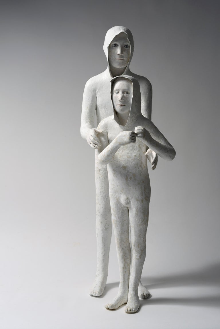 Agnes Baillon Figurative Sculpture - 2 Frères (Younger Brother)