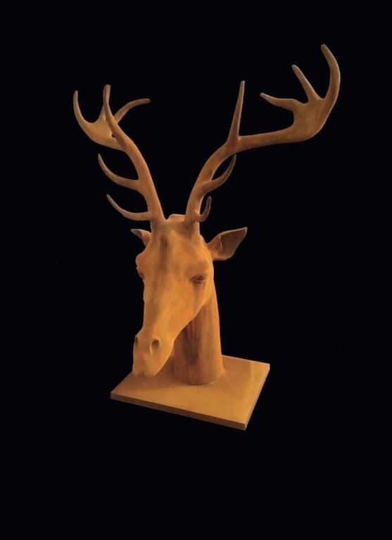 Giraffe-Deer Head - Sculpture by Mauro Corda