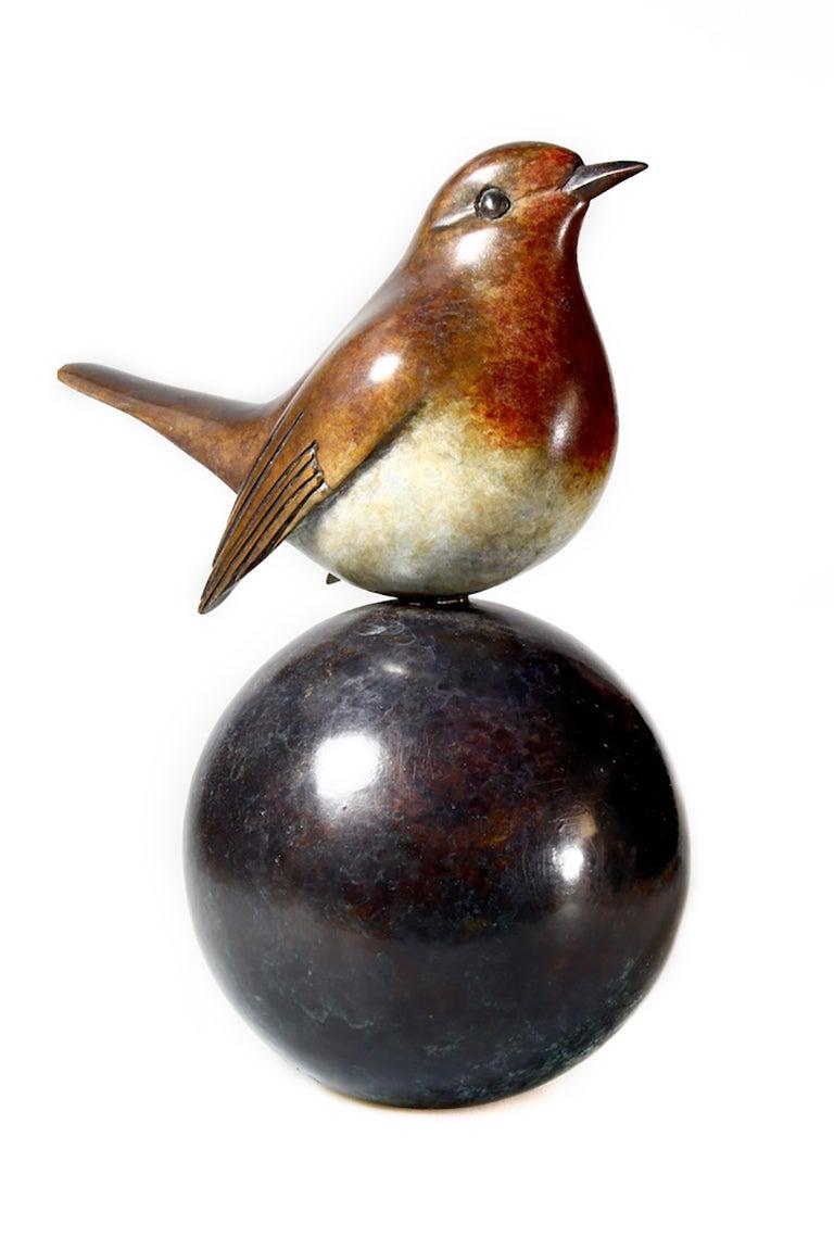 Robin - Contemporary Figurative Sculpture by Matt Duke