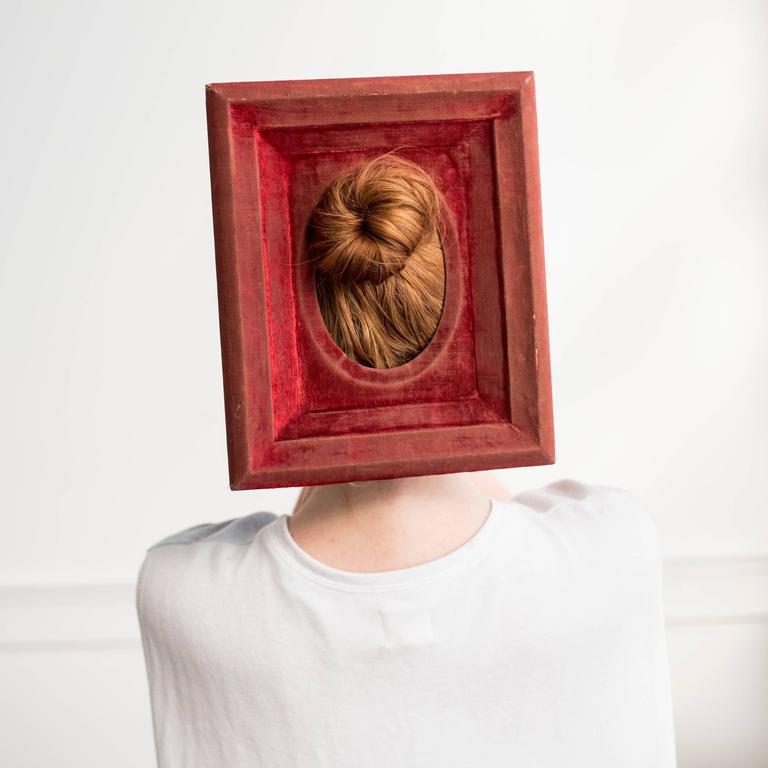 Red Velvet Frame