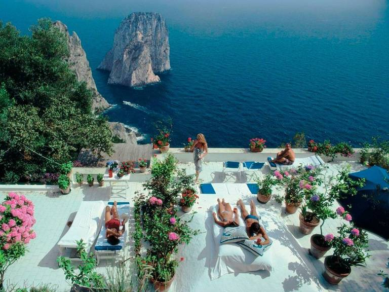 Il Canille, Capri, Italy (La Dolce Vita), Slim Aarons Estate Edition, free ship - Photograph by Slim Aarons