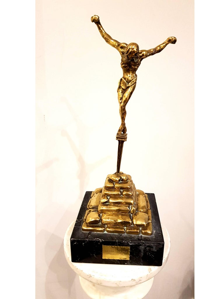 Salvador Dali - Guilded Sculpture - Christ de Saint Jean-de-la-Croix - Gold Figurative Sculpture by Salvador Dalí