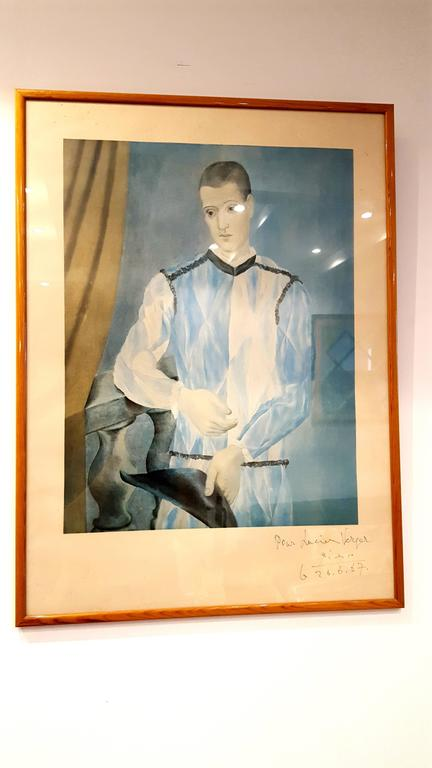 Picasso (after) - Harlequin, from The Barcelona Suite - Handsigned Lithograph For Sale 1