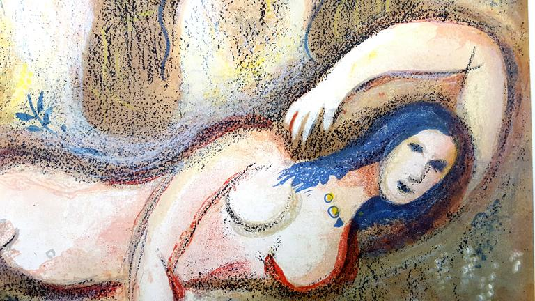 Marc Chagall - The Bible - Boaz wakes up and sees Ruth - Original Lithograph - Modern Print by Marc Chagall