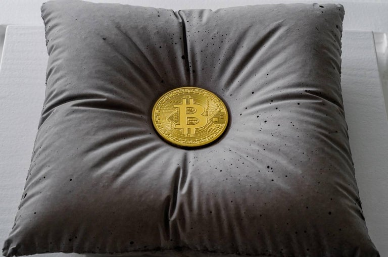 Amarist - Bitcoin — Original Sculpture For Sale 3