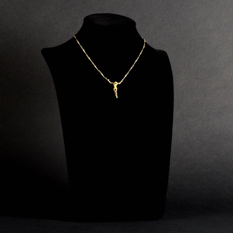 Salvador Dali - Christ - Signed Gold Necklace 18k yellow-gold original Necklace - signed - edition of 1000  1970  Sold with its Certificate of Authenticity This exclusive necklace is a creation by the hands of famous artist Salvador Dali. The
